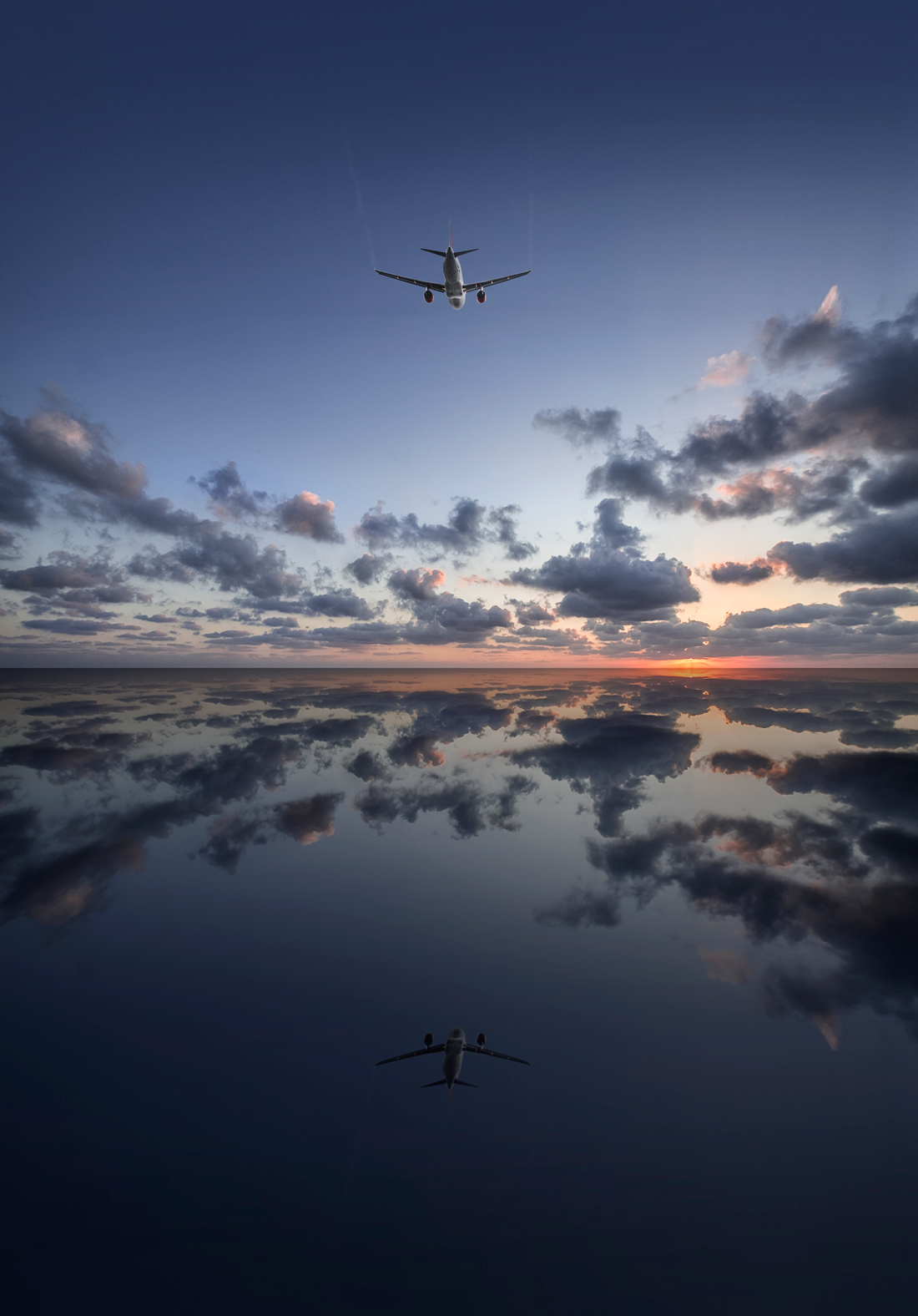 airliner over the sea, aircraft photography, aviation photography, commercial photography, tim wallace