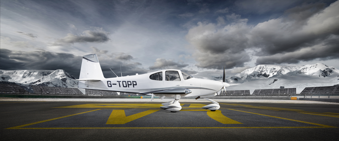 light aircraft, small aircraft, runway, aircraft photography, aviation photography, commercial photography, tim wallace