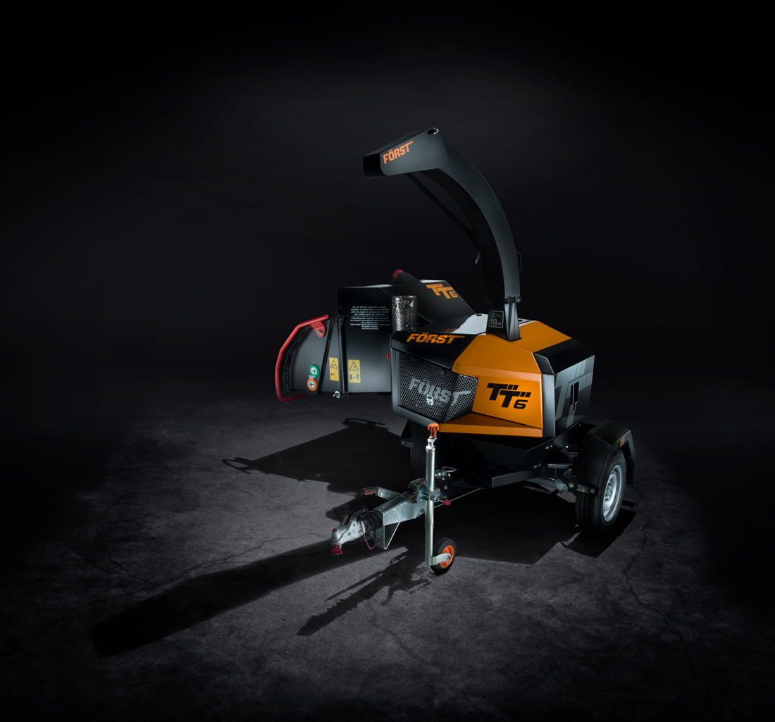 woodchipper photography in studio, forst, woodchipper, studio photography, professional photograph, commercial photography, tim wallace