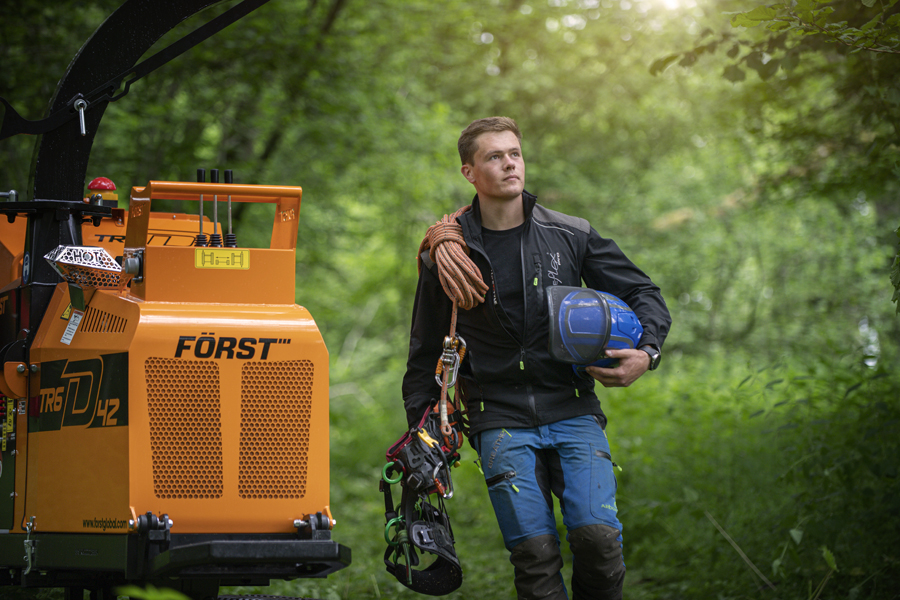 arborist, tree surgeon, forst, woodchopper, location, photographer, commercial photography, tim wallace